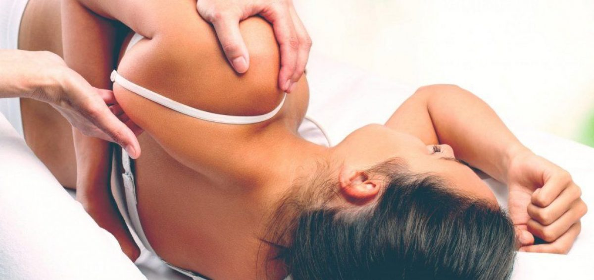 What Is The Difference Between An Osteopath, Physiotherapist & Chiropractor